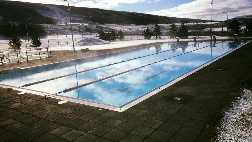 PhoeTravels Laugar Swimming Pool Myvatn